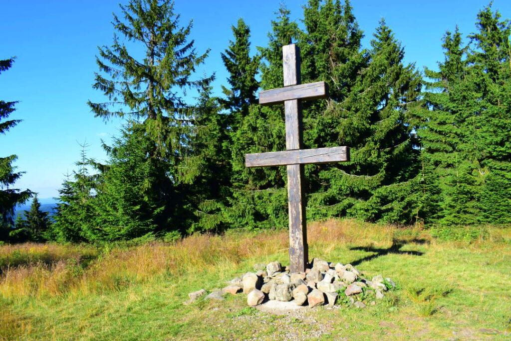 Kříž na Veľkém Javorníku