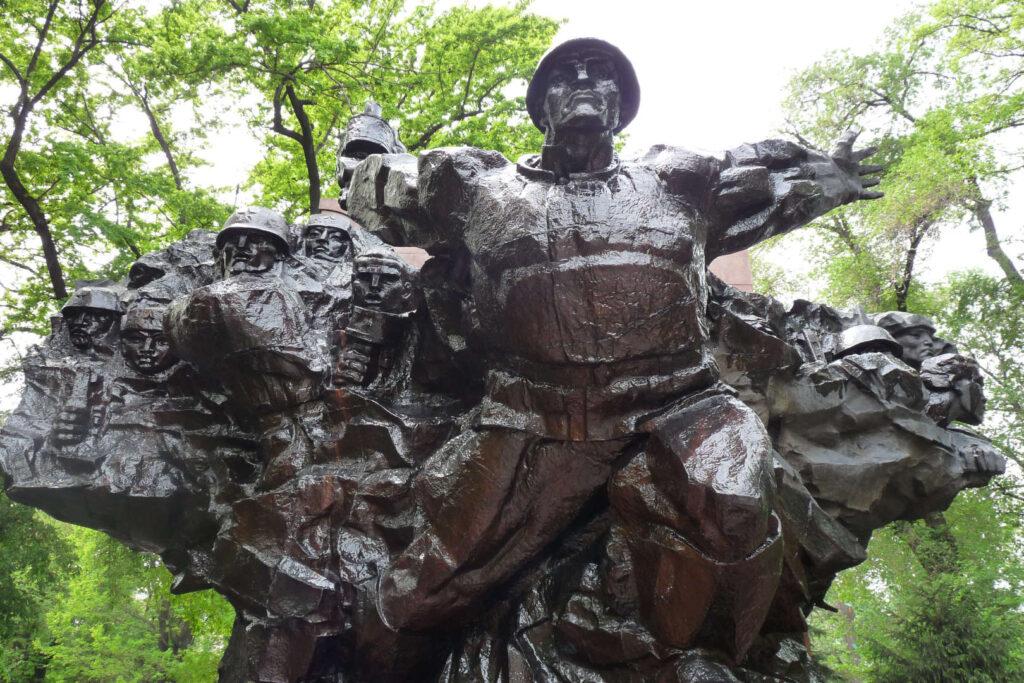 Památník veteránům, Almaty, Kazachstán