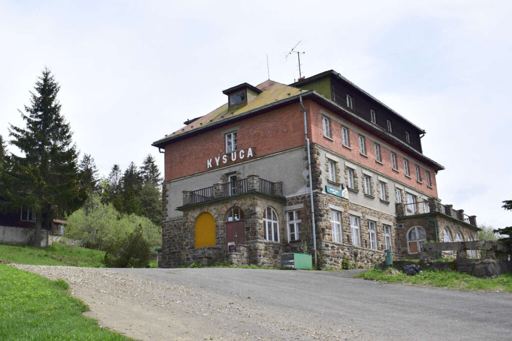 Hotel Kysuca, Bílý kříž