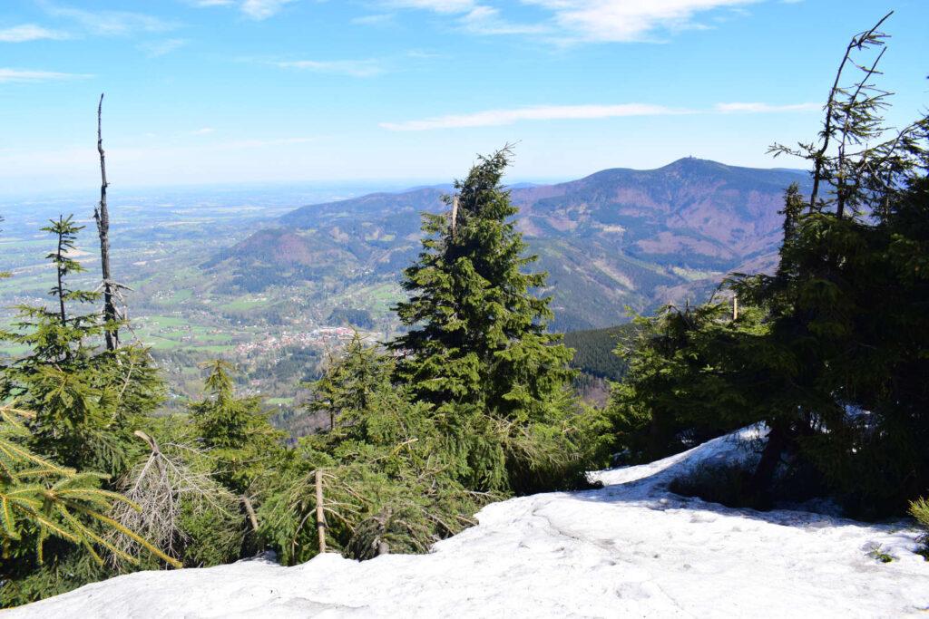 Výhled ze Smrku na Lysou horu