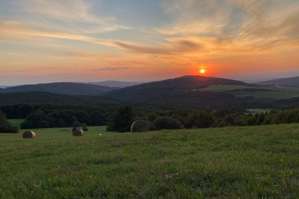 Kubíkův vrch, západ slunce